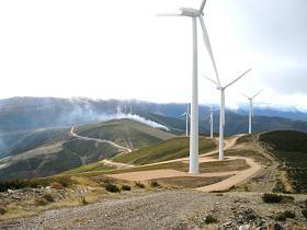 Oposición de Ecologistas en Acción a la instalación de aerogeneradores en los Montes Aquilianos (Junio 07).