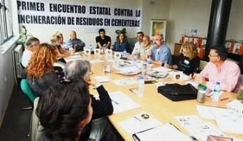 Leticia Balsega, responsable del Área de Residuos en Ecologistas en Acción, visita Ponferrada (10/10/09).